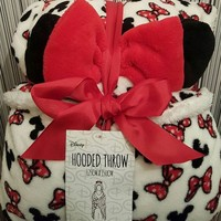 People are going mad for this Minnie Mouse hooded throw from Penneys
