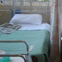 Elderly woman spends 15 hours on hospital trolley
