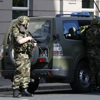 Army bomb squad deals with viable device in Galway