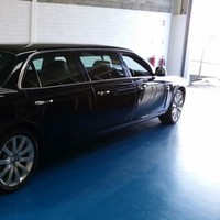 5 stretch limousines that won't stretch your budget