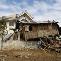 Irish aid arrives in Philippines after Typhoon Washi