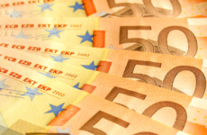 Man who pocketed wife's pension pot ordered to pay her €10,000 before Christmas
