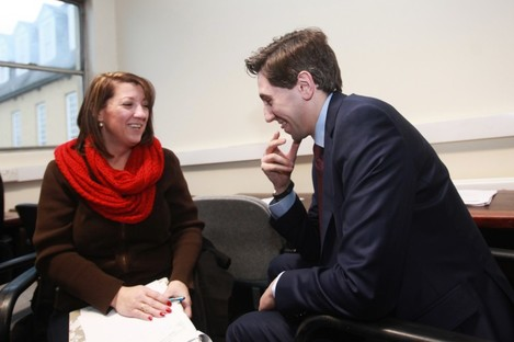 Minister for Health Simon Harris TD as he speaks to Tiffany Webber at Dr Steevens' Hospital in Dublin today.