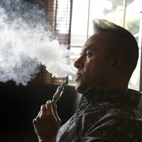 Success of e-cigarettes cautiously backed by Hiqa report
