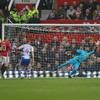 Wayne Rooney becomes Manchester United's joint all-time leading goalscorer