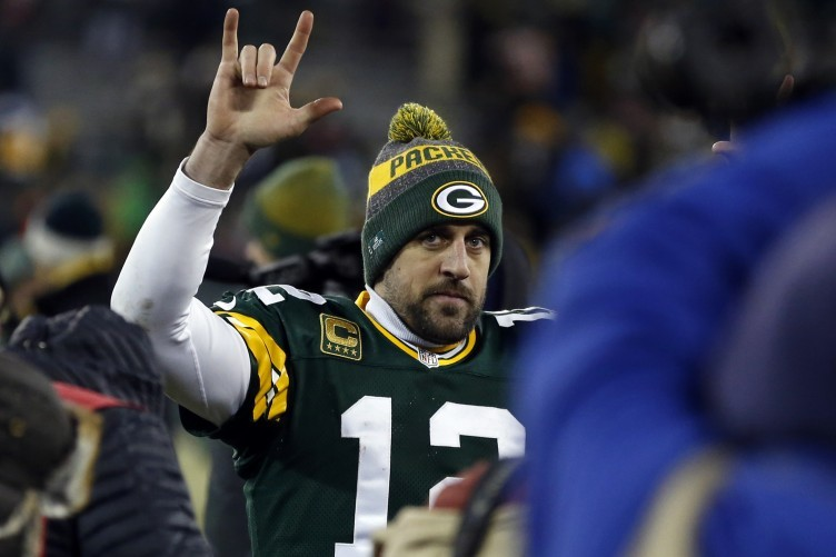 After a difficult start, Aaron Rodgers eventually blew the Giants away.
