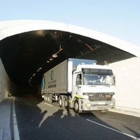 Delays expected on M1 after crash at Port Tunnel