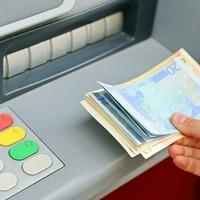 Minister says €400 rise for public servants costing €120 million won't impact public services
