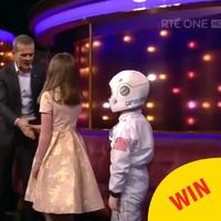 Two budding Irish astronauts got to meet Chris Hadfield on Ray D'Arcy last night