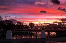 People are raving about the gorgeous purple sky over Dublin this morning