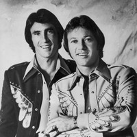 Police solve 40-year-old murder case of ex-wife of Righteous Brothers singer