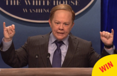 Melissa McCarthy *completely* transformed into Sean Spicer on Saturday Night Live last night
