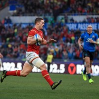 Wales late show stuns valiant Italy in Rome