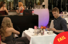 People are cringing over this couple awkwardly splitting the bill on First Dates Ireland last night