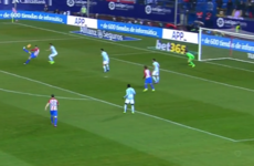 Torres scores fabulous overhead kick then blasts peno off the crossbar in La Liga thriller