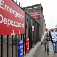 10,000 support staff at nearly 40 hospitals to join nurses in industrial action on 7 March