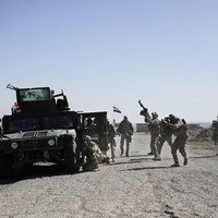 Iraqi soldiers recapture Mosul airport from Islamic State