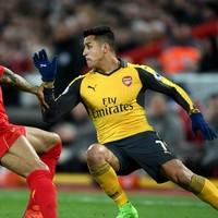 Arsene Wenger defends decision to drop Alexis Sanchez