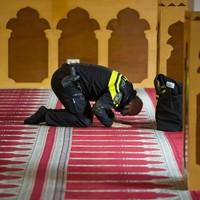 Dutch Muslims react as far-right MP threatens to close mosques