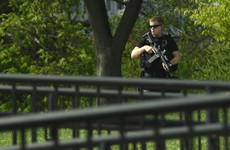 Intruder arrested after breaching White House grounds