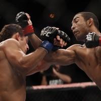 UFC 142: Aldo KOs Mendes