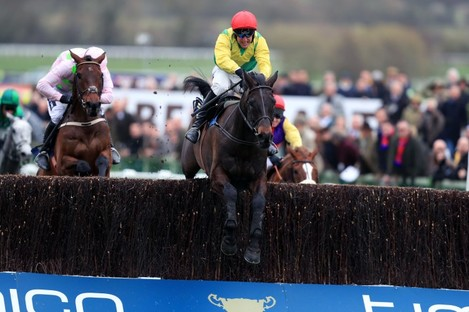 Sizing John and Robbie Power nearing the finish.