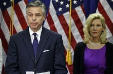 Jon Huntsman backs Romney for Republican nod after suspending campaign