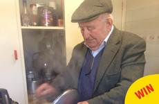 This story of a 90-year-old Dublin grandad cooking a fry for his granddaughter has gone global on Reddit