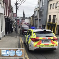 Gardaí stop driver for wearing no seatbelt, find fake tax and insurance discs