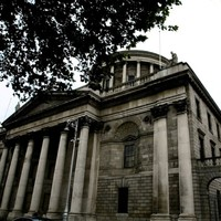 Man wanted over attempted murder of police officer granted bail after mother puts up €30k