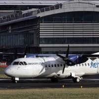 Pilot taken off Aer Arann flight crew after failing breath test