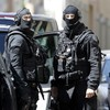 Guns, an IS flag and 3kg of explosives found as French police foil terror plot