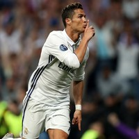 Ronaldo the hero as Real Madrid secure extra-time victory over 10-man Bayern