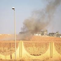 Gaddafi loyalists 'seize control' of Libyan city