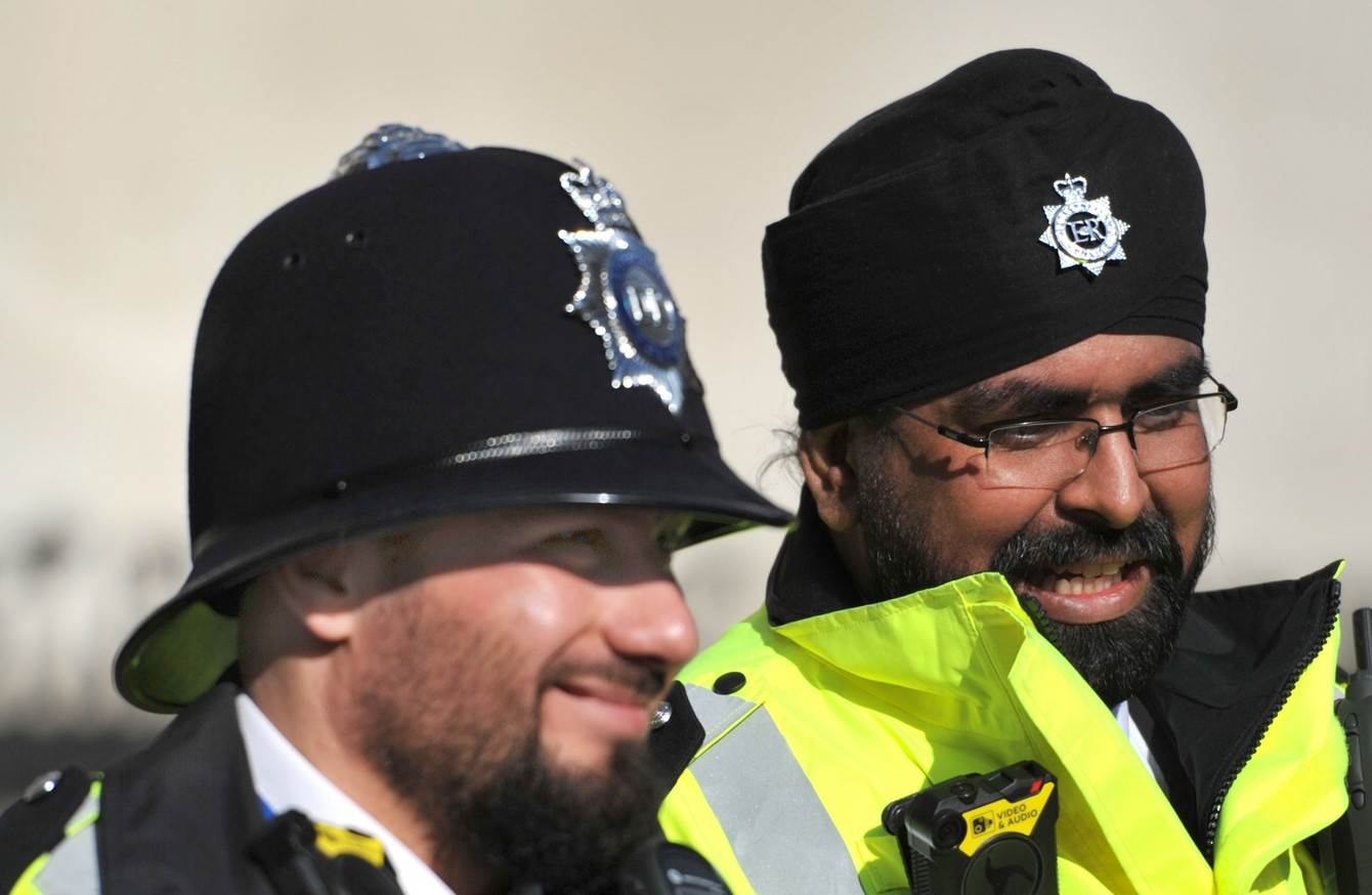 8871d4b7278 Police in other jurisdictions are permitted to wear a beard on duty.
