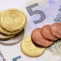 One in 10 Irish workers are earning the minimum wage or less