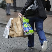 Retail sales still dropping, industry figures show