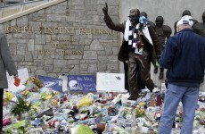 Sombre farewell begins for Joe Paterno at Penn State