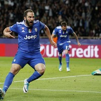 Watch: Higuain ended his four-year knockout drought with this sublime goal tonight