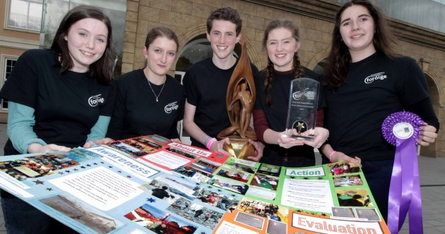 'They're just regular young people like us' - Teens scoop top prize for welcome given to Syrian refugees