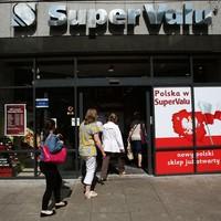 SuperValu retakes top spot in Ireland's supermarket wars