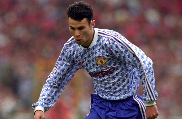 man united take inspiration from classic 90s jersey for new away kit classic 90s jersey for new away kit