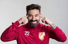 Lavezzi forced to apologise to Chinese club after photo of him making offensive gesture emerges