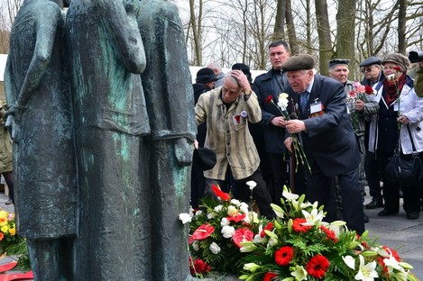 Memorial on 70th anniversary of Mittelbau-Dora camp liberation