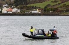 Dozens of volunteer divers join search for missing fishermen