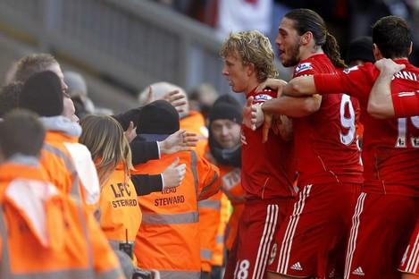 Dirk Kuyt celebrates his winner