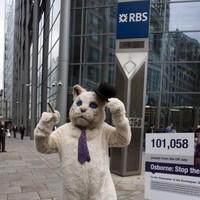 Public outcry over banker's €1 million bonus
