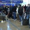Thousands left stranded after Spanish airline collapses
