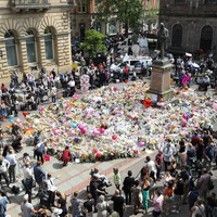 Manchester bomber 'asked his mother for forgiveness in final phone call'