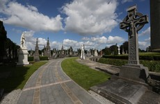 Man accused of vandalising de Valera's grave ordered to stay away from Glasnevin Cemetery